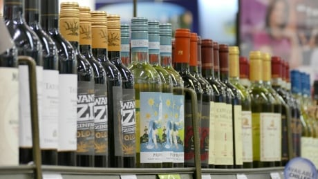 B.C. restaurant industry calls out distribution branch for late liquor deliveries
