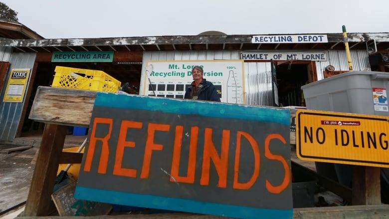 Yukon looks for bidders to manage rural dumpsites
