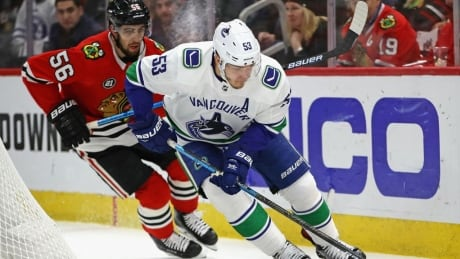 Horvat scores in OT as Canucks end Blackhawks' 5-game win streak