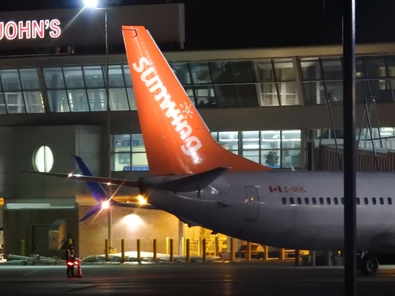 Frustration grows as Sunwing doesn't give refunds for cancelled flights despite taking taxpayer aid