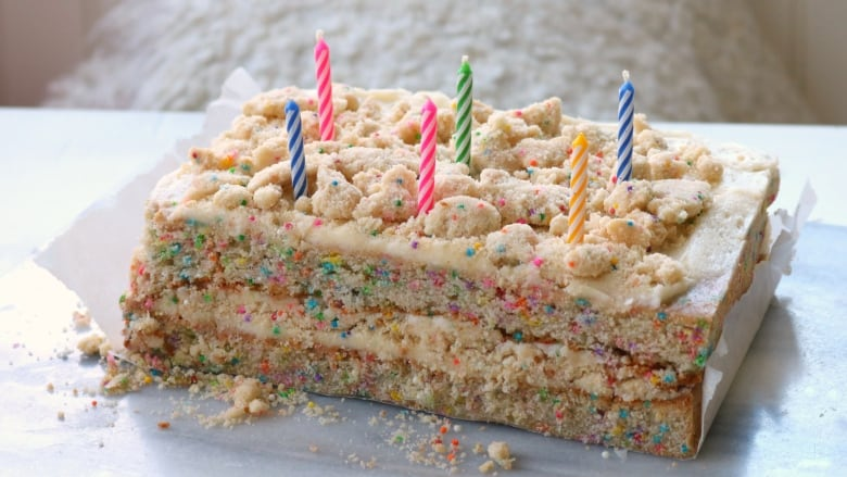 Bake The Perfect Birthday Cake With Julie Van Rosendaals Tips
