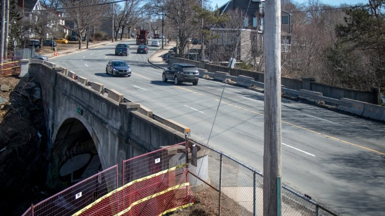 Engineer questions repair strategy for Quinpool Road bridge