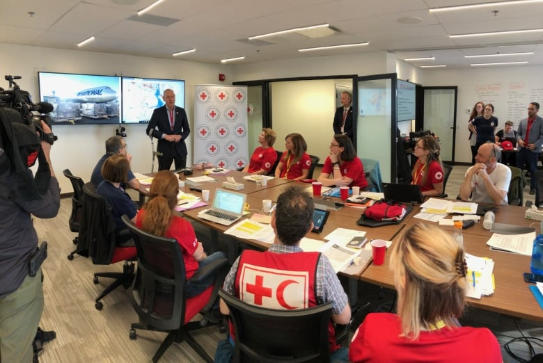 Canadian emergency medical workers rush to Mozambique