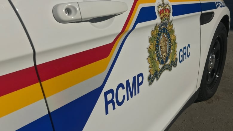 RCMP make arrests after armed suspects barricade themselves in