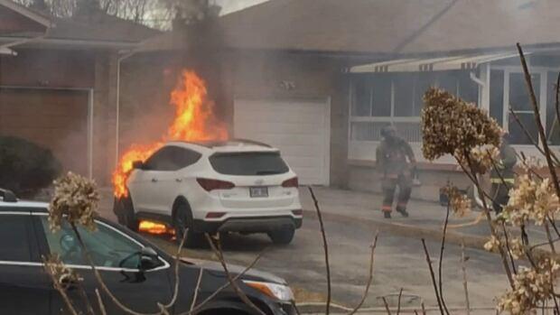 2018 Hyundai Santa Fe engine fire