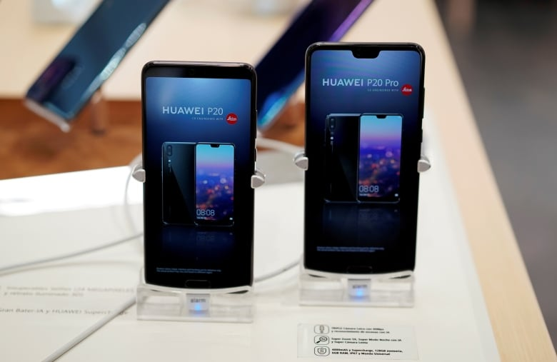 Huawei rebuked over security flaws by UK report | CBC News