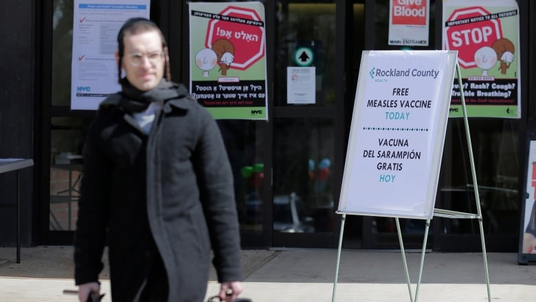 NY  orders measles vaccinations in Brooklyn amid outbreak, mayor says
