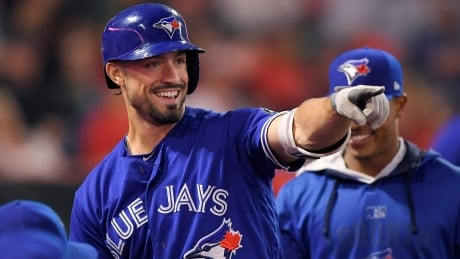 Blue Jays sign Randal Grichuk to 5-year, $52M extension