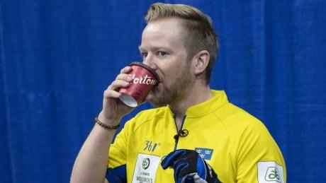 Swedish skip Nik Edin winning world titles — the Canadian way