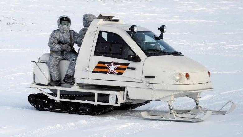 russia-arctic-base.jpg