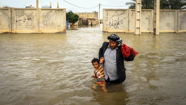 Flood-hit Iran getting no foreign financial aid due to US sanctions