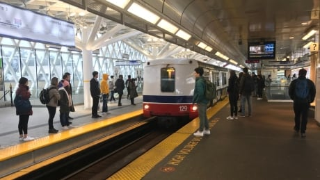 Governments outline $1.4B contribution for 150 new SkyTrain cars