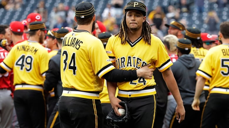 buy popular c552f b007c MLB hands Pirates hurler Chris Archer 5-game ban after brawl ...