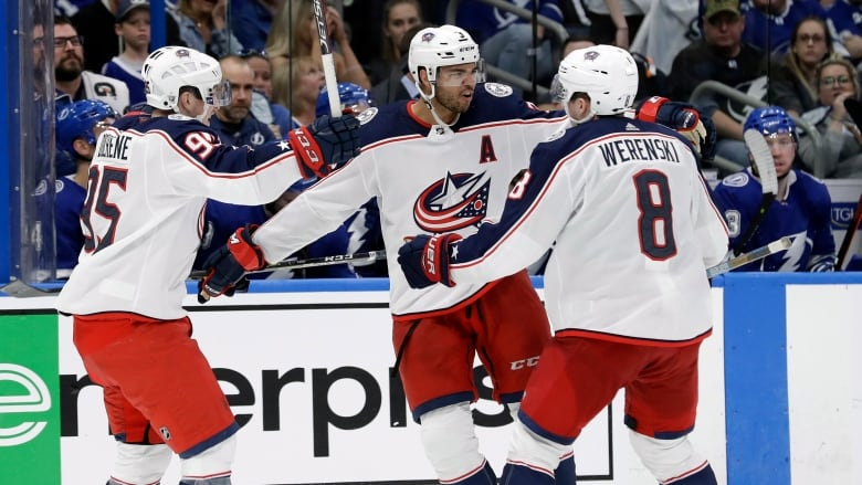 Blue Jackets 4 Goal Comeback Stuns Cup Favourite Lightning Cbc Sports