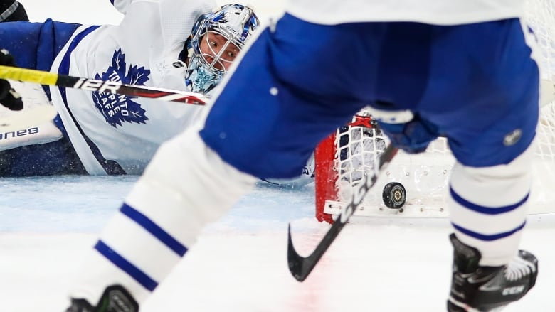 Andersen rediscovers form in Leafs' Game 1 win over Boston