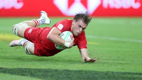 Canadian men staying afloat with quietly clutch win at Singapore Sevens