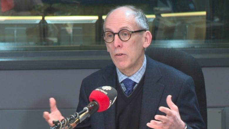 Public health spending cut in Ontario is 'huge step backwards,' medical officer says