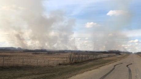 Crews fight large brush fire southwest of Saskatoon