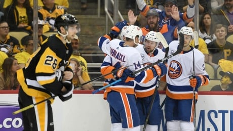 Islanders send Penguins packing in 4 games