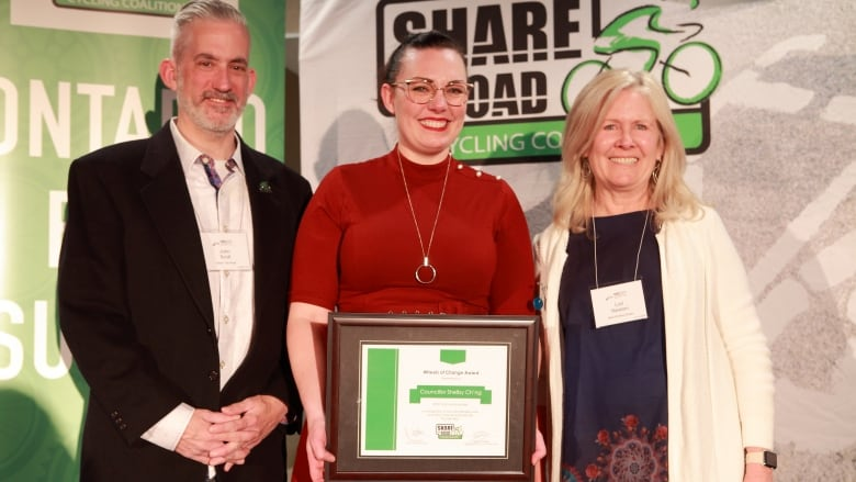 Councillor Shelby Ch'ng receives recognition for advocating safe, active transportation