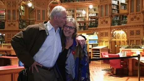 How Elizabeth May is making her wedding low-carbon