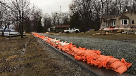 Flood warnings issued along the Ottawa River