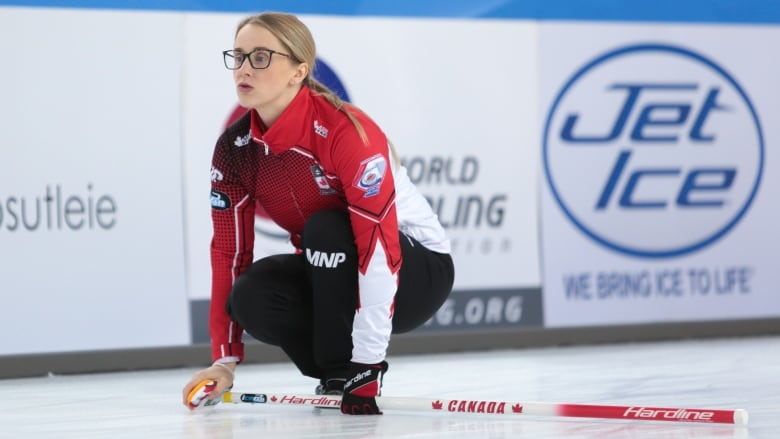 Canadian curlers Gallant, Peterman dominant in world mixed