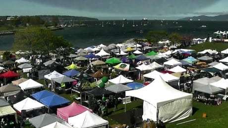 Police warn of traffic disruptions as 420 kicks off in Vancouver