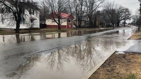 Flooding Fredericton