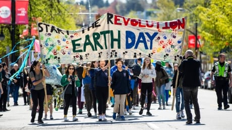 Earth Day parade marches through East Vancouver