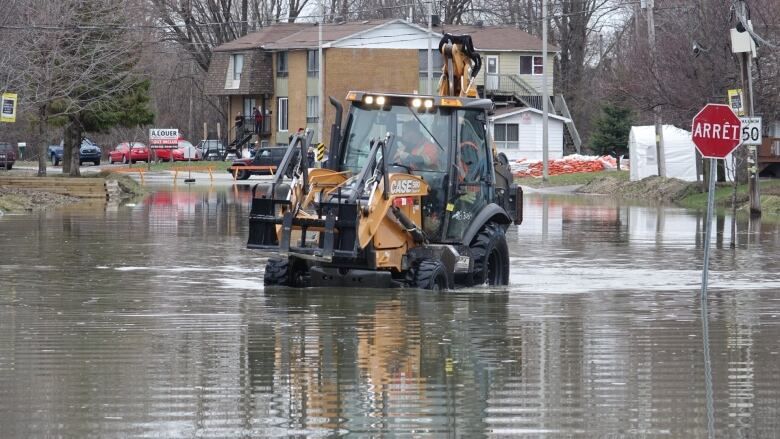 Homes in high-risk floodplains should be subject to
