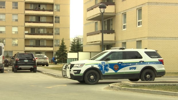 3 in critical following incident at pool in west Winnipeg