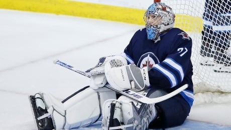 hellebuyck-connor-042219