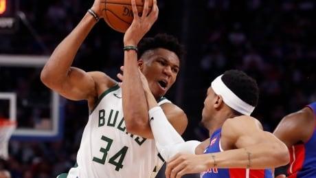 Antetokounmpo, Bucks sweep aside Pistons