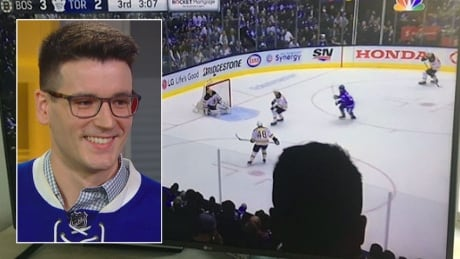 Down in front! Why U.S. hockey fans aren't happy with this Leafs fan, or his head