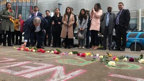 Toronto honours Yonge Street van attack victims, heroes with special vigil