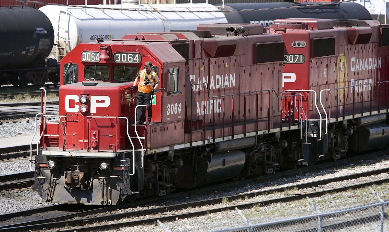 CP's first-quarter profits shoot up as crude-by-rail revenues increase