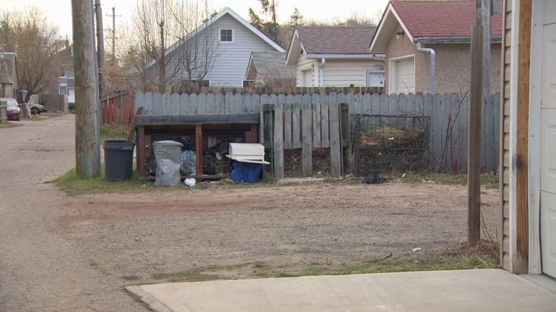 Edmonton police investigate homicide of 20-year-old man