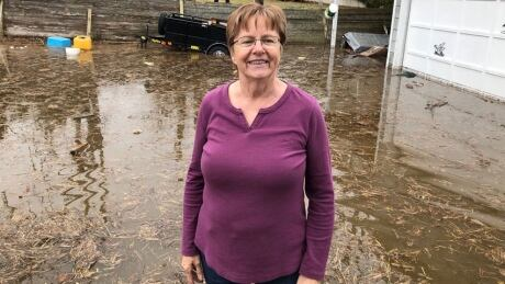 Few Saint John residents heed voluntary evacuation notice, despite record flood projections