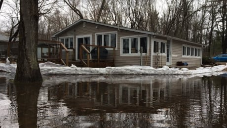 Constance Bay residents brace for more flooding