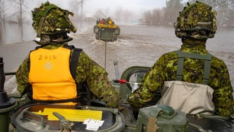 St. John River could stay above flood stage for days, EMO warns