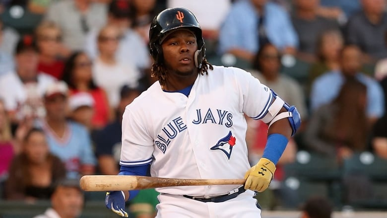 Vladimir Guerrero Jr. launches HR during first BP