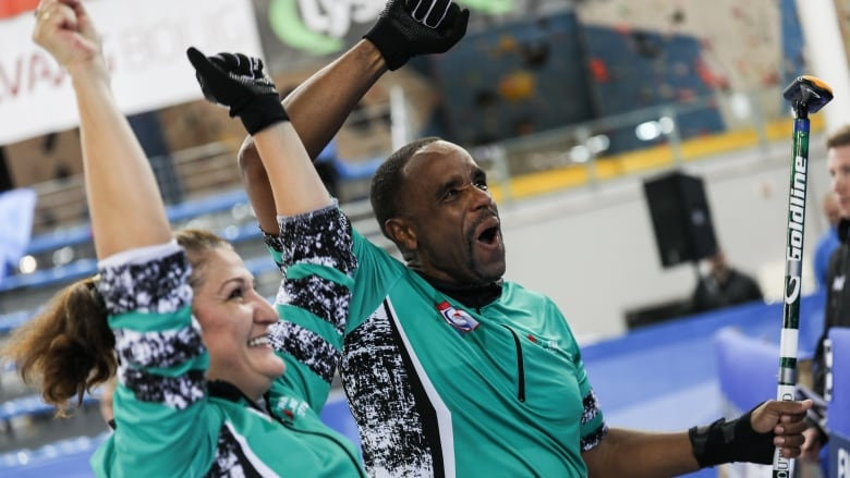 Nigeria wins 1st-ever world curling championship match | CBC