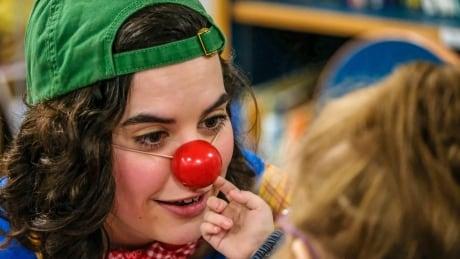 Clown therapy program