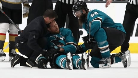 Sharks' Pavelski unlikely for Game 1 after scary injury
