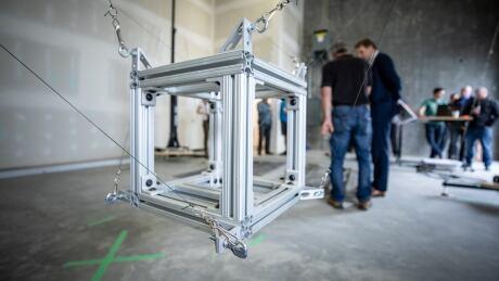 3D concrete house printer