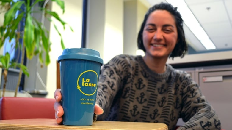 Leave a $5 deposit, get a reusable coffee cup