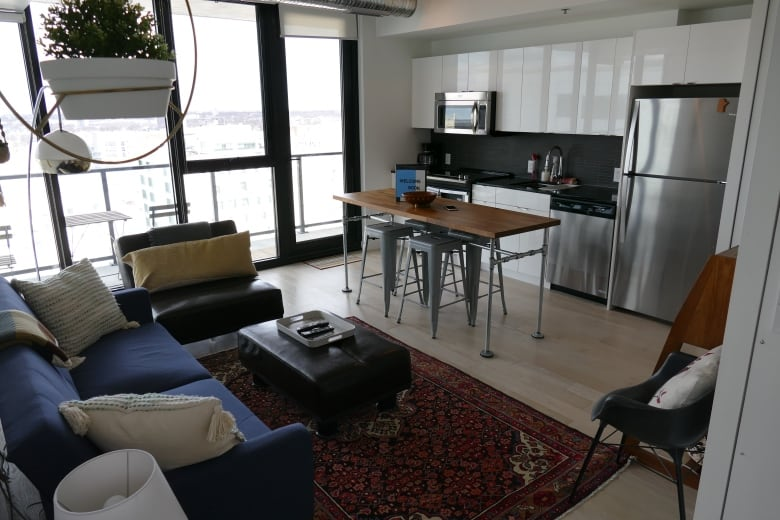 Winnipeg poised to apply hotel tax to Airbnb rentals as