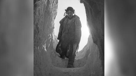Helen Konek, Arviat Nunavut 1949