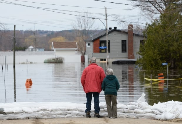 River won't peak in Ottawa today, forecasters say | CBC News